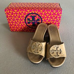 Tory Burch Wedge Size 35